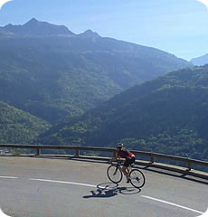 Alpine Cadence : Alpine training camps for cyclists : Etape du Tour or Marmotte
